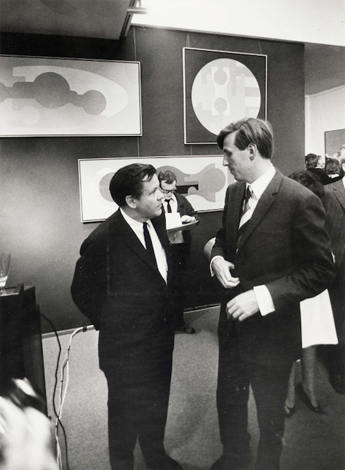 Hein Stünke und Rudolf Zwirner auf der Eröffnung des Kunstmarkt Köln '67. Foto: © Wolf P. Prange, ZADIK